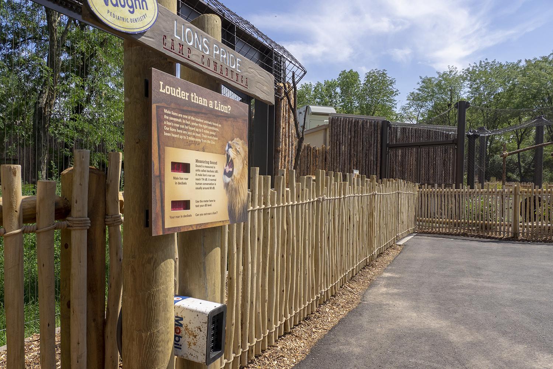 Topeka Zoo | Lion Roar Signage | Topeka, KS