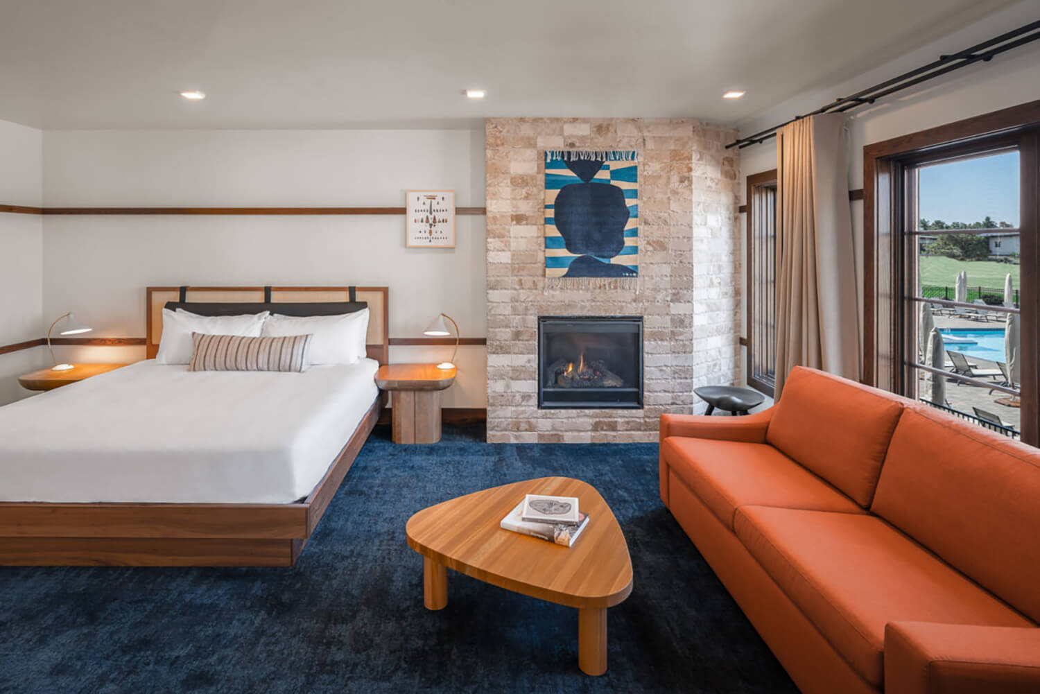 Huntington Lodge | Deluxe King Room | Bend, OR