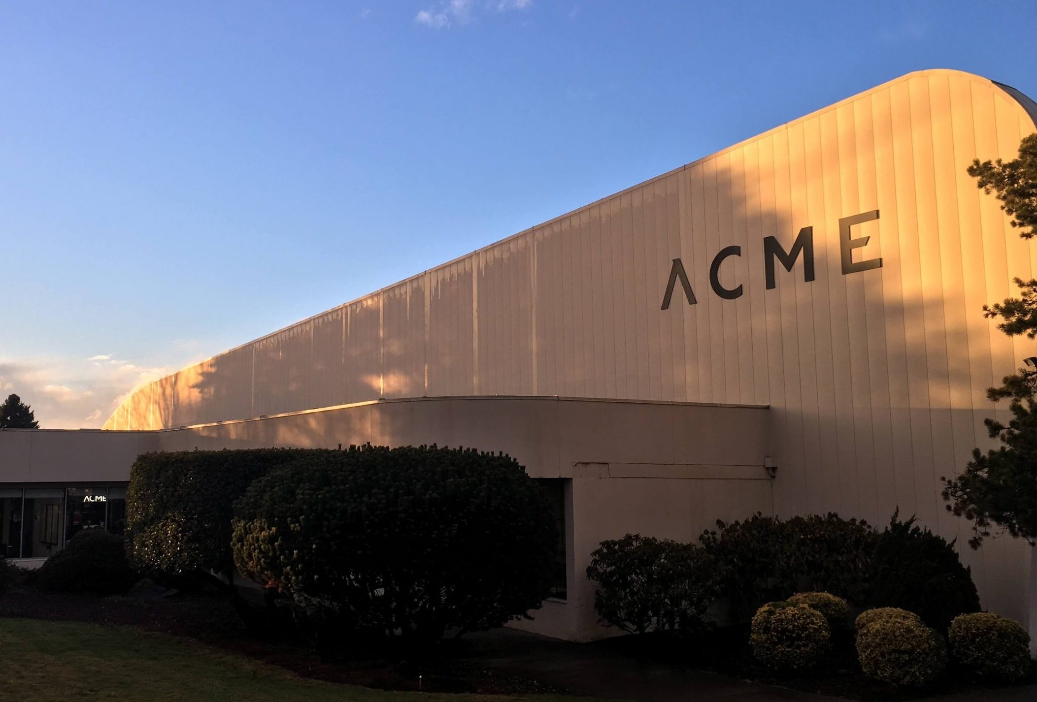 ACME Warehouse